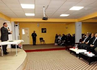 Bozyazı'da müftülük personeline sigaranın zararları anlatıldı