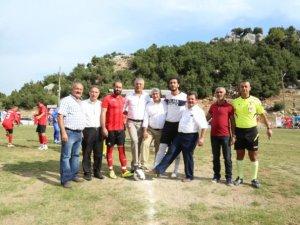 Mezitli'de Zafer Kupası sahibini buldu