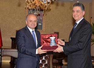 Tunus, işbirliği için destek istedi