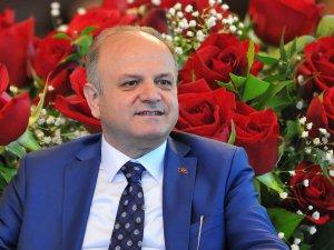 Vali Çakacak, Kutlu Doğum Haftası mesajı yayınladı