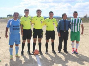 Gülnar Belediyespor, Aydıncık Spor'u ağırladı