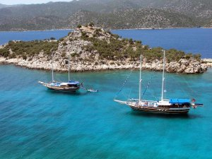 Mersin'de mavi tura çıkan tekneler hazırlıklarını tamamladı