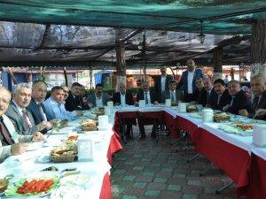 Tarsus'ta 18 meslek odası sorunları masaya yatırdı