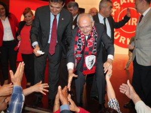 CHP Lideri Kemal Kılıçdaroğlu, aday tanıtımı için Mersin'e geldi