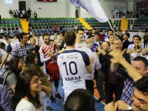 Türkiye Erkekler 1. Voleybol Ligi Final Etabı 1. Devre Müsabakaları tamamlandı