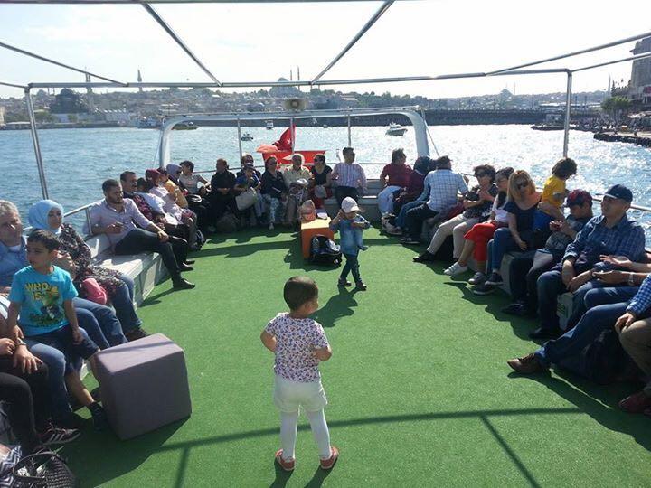 İSTANBUL'DAKİ ANAMURLULAR'DAN BATIRIK'LI TEKNE TURU