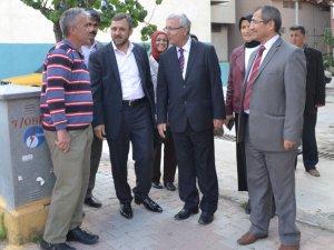 Ak Parti Mersin Milletvekili Adayı Arif Yıldırım, Anamur'da vatandaşları ziyaret etti