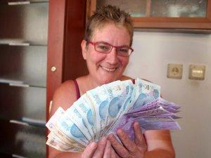 Mersin'de çalınan parası son anda kurtarıldı