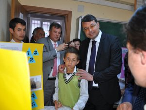 Yeşilovacık'ta Bilim Fuarı Sergisi açıldı