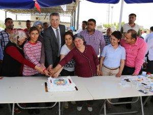 Başkan Tarhan, işçilerle bir araya geldi