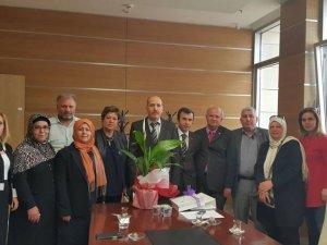 Zeytinburnu Yardımlaşma Derneği'nden Zeytinburnu Kaymakamı Balaban'ı ziyaret