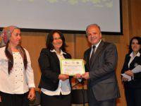 Mersin'de tarım sektörünün gizli kahramanları sertifikalarına kavuştu