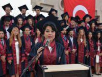 MEÜ Tıp Fakültesi'nde mezuniyet coşkusu