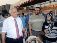 Mersin Büyükşehir Belediyesi Ramazan Sofrası'nı Silifke'de kurdu