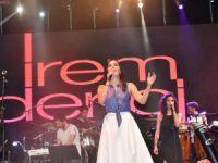 İrem Derici'den Anamur'da muhteşem konser