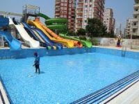 Mezitli'de havuzların temizlik çalışmaları devam ediyor
