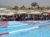 Toroslar'da 5 bin kişilik yüzme kursu açıldı