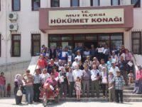 Mut'ta ihtiyaç sahiplerine 63 konutun anahtarı teslim edildi