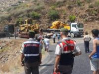 Mersin-Antalya karayolunda 17 kilometrelik kaza kuyruğu!