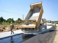 Mersin'de asfaltlanan yolları hizmete sunuldu