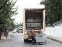 Toroslar'da çöp konteynerleri yıkanıyor