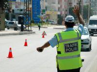 Bozyazı'da Suriye plakalı araçlar kayıt altına alınıyor