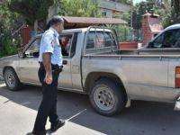 Karaman'dan çaldıkları araçla Mersin'de yakalandılar