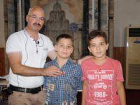Erdemli'de öğrenciler, Kur'an öğrenip altınları kaptılar