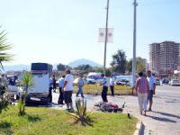 Anamur'da otomobil ile motosiklet çarpıştı: 1 yaralı