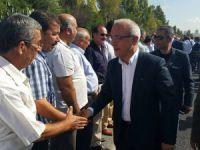 Lütfi Elvan, Çamlıyayla ve Tarsus'ta partililerle bayramlaştı