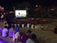 Forum Mersin'de açık havada sinema keyfi