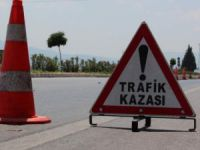 Silifke'de öğrenci servisi ile otomobil çarpıştı: 26 yaralı