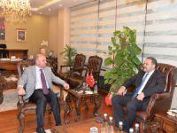 BTK Kurul Başkanı Sayan, Vali Çakacak'ı ziyaret etti