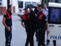 Mersin'de bir kadın sokak ortasında cani kocası tarafından öldürüldü