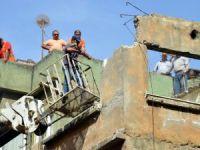 Akdeniz Belediyesi metruk binaların yıkımına devam ediyor