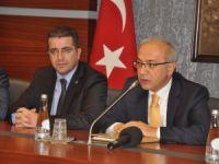 AK Parti Mersin İl Teşkilatı'ndan Başbakan Yardımcısı Lütfi Elvan'a ziyaret