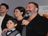 """Cem Yılmaz Mersin'de """"İftarlık Gazoz"""" filminin galasına katıldı"""