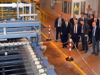 Mersin Valisi Özdemir Çakacak, Trakya Cam Fabrikası'nı ziyaret etti