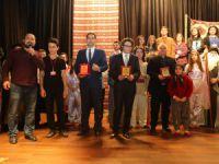 Erdemli Belediyesi Şehir Tiyatrosu perde dedi