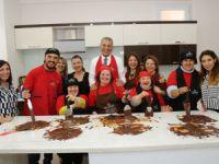 Mezitli'de Down Sendromlu Çocuklara Çikolatalı Etkinlik