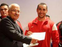 Mersin'de başarılı sporculara ödül töreni