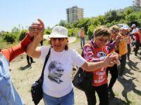 Mezitli'de türkülü, halaylı koruluk açılışı