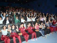 Mersinli çocukların sinema keyfi