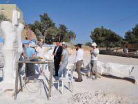Başkan Turgut Taş Heykel Sanatçılarını Ziyaret Etti