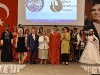 Mersin'de 'Toroslardan Saraya Zarafet' Defilesi Düzenlendi