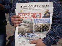 """AK PARTİ ANAMUR'DA  """"evet """"kampanyasını  yürütüyor"""